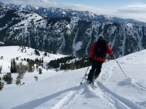 Trượt tuyết ở thung lũng Sun của Idaho: Tại đây, du khách có thể tham gia nhiều hoạt động thú vị như trượt tuyết, trượt băng, nhảy trampoline... với các khu dành riêng cho trẻ em.